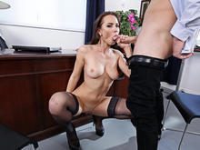 Aidra Fox & Sean Lawless in Naughty Office
