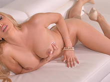Monday Milf Madness - Blonde's Fingering Fantasy