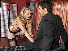 Kagney Linn Put The Moves To  Her Boss