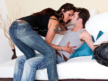 Nikita Denise & James Deen in Seduced by a cougar